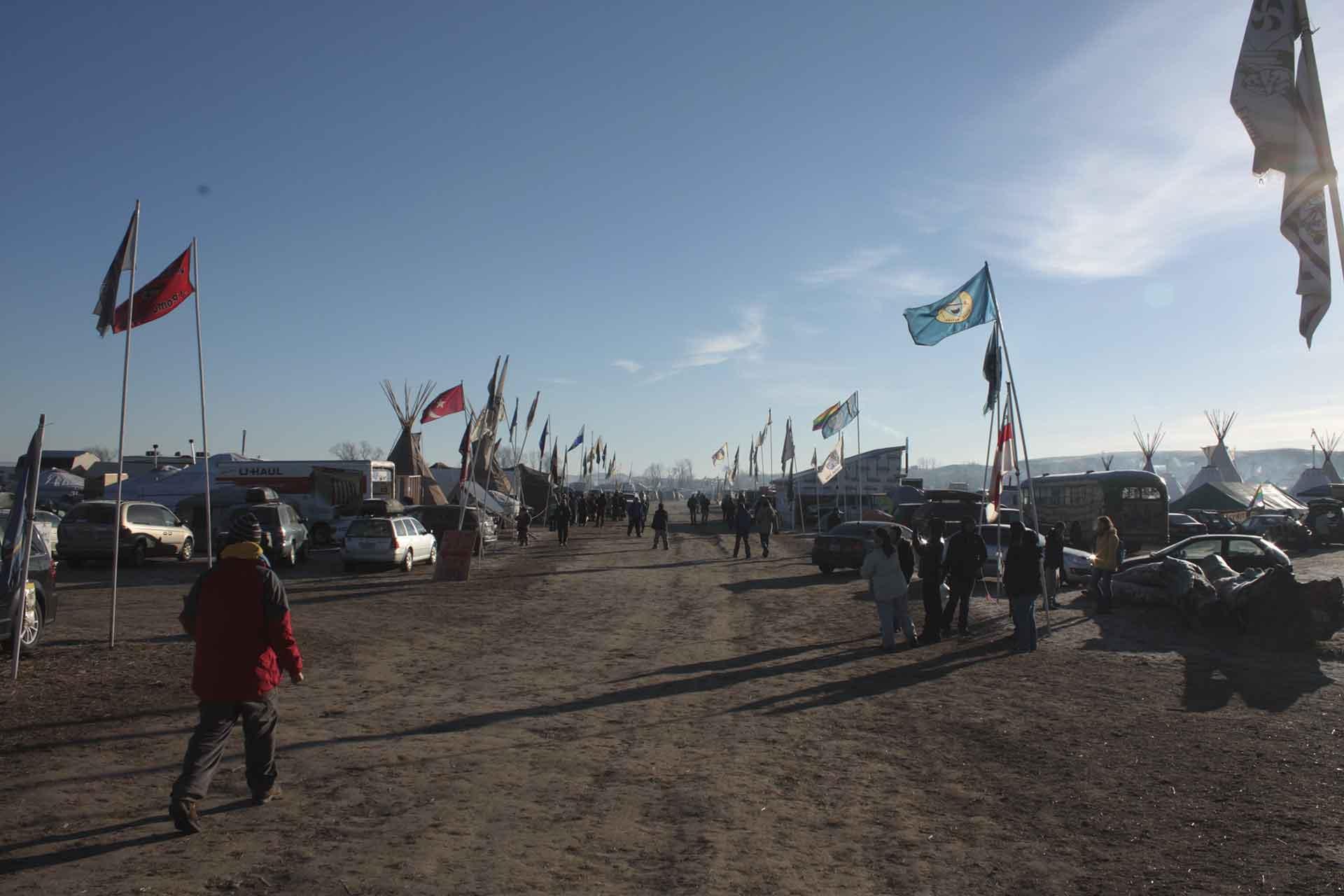 "Obama administration stops Dakota Access Pipeline in ""historic"" decision"