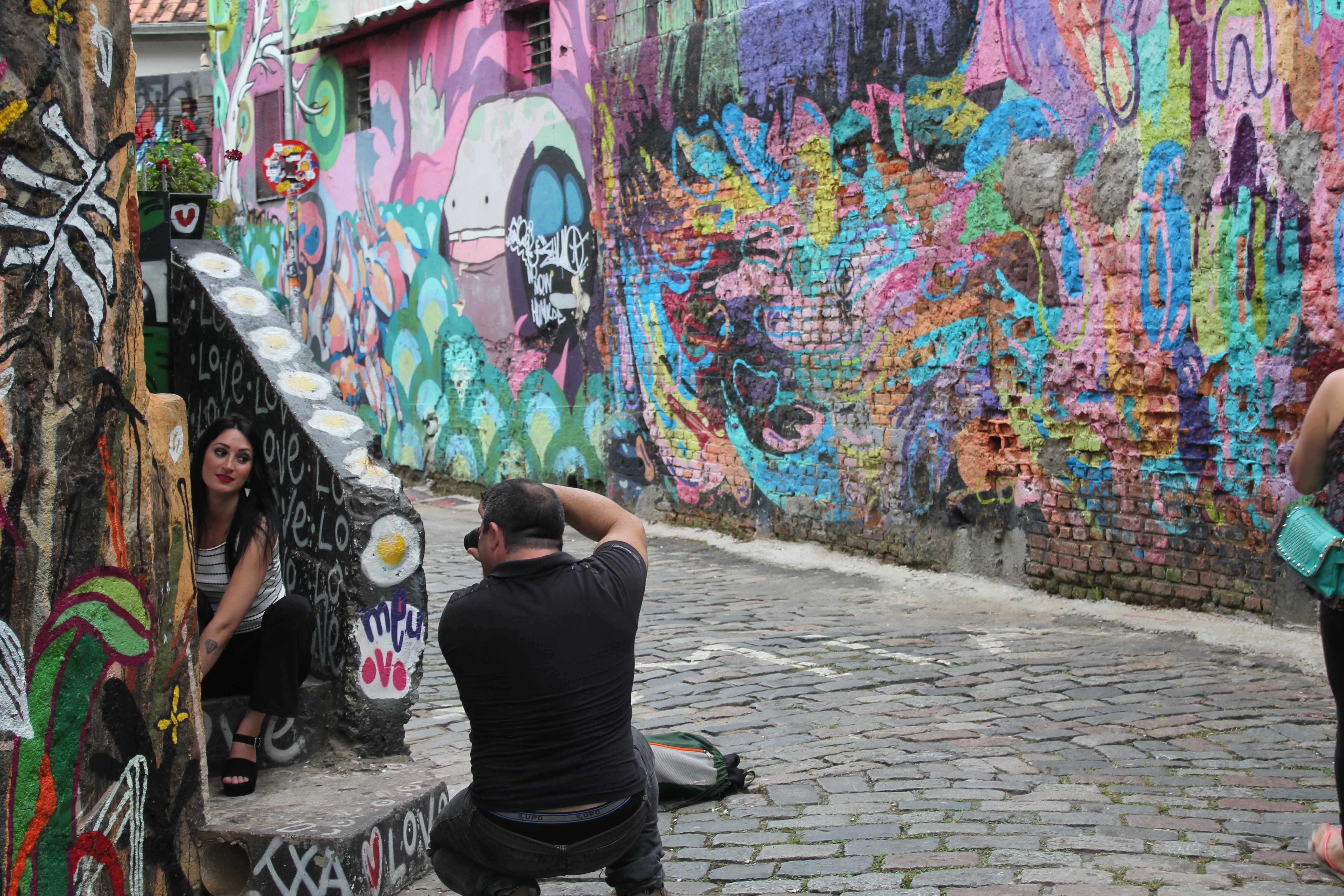 Sao Paulos Graffiti Artists Revolt After Mayor Attempts To Paint The City Grey Vice News